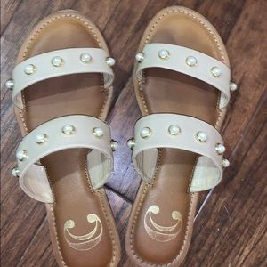 Shoes - Cute summer sandals